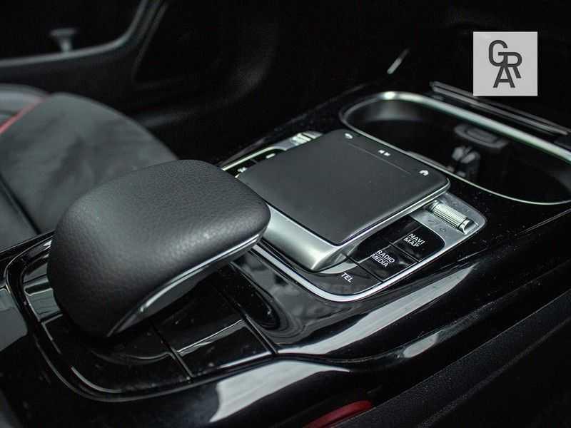 Mercedes-Benz CLA35 AMG klasse CLA35 AMG 4MATIC Premium Plus afbeelding 17