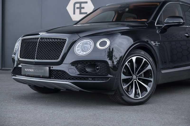 Bentley Bentayga 4.0 D (BTW AUTO) Elektrische trekhaak + Apple Carplay + Adaptive Cruise + Nachtzicht + Werkelijk in nieuwstaat afbeelding 25
