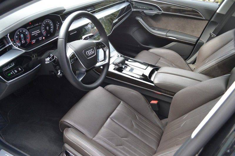 Audi A8 55 TFSI Massage / Head Up / Nachtzicht afbeelding 6