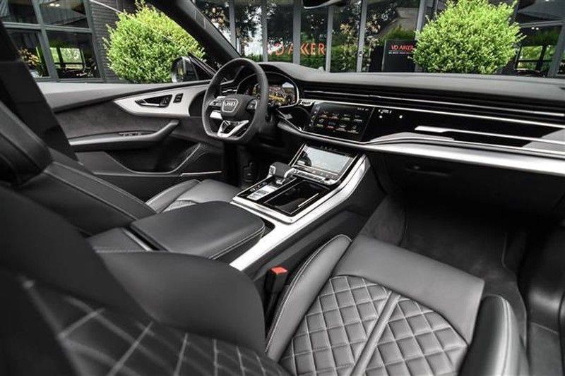 Audi Q8 55 TFSI S-LINE+23INCH+PANO.DAK+360CAM+BLACKLOOK afbeelding 3