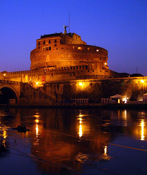 Castel Sant'Angelo as the night draws in