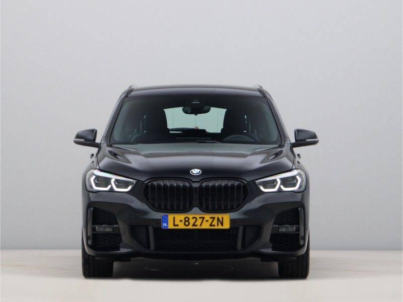 BMW X1 xDrive20i M Sport High Executive afbeelding 6
