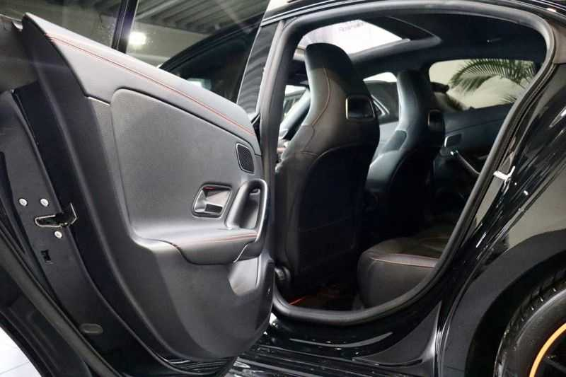 Mercedes-Benz CLA-Klasse 200 AMG Orange Edition PANO|Burmester|360cam|Sfeer afbeelding 21