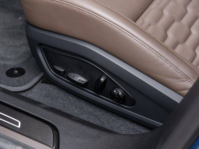 "Audi e-tron GT B&O,HUD,PANO,22"" afbeelding 15"