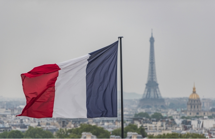 Coinhouse Wins First Crypto License From French Regulator