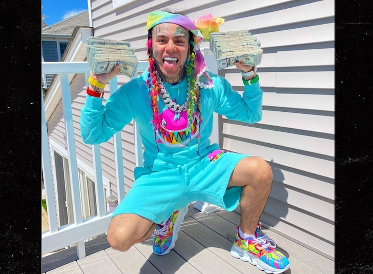 American Rapper, Tekashi 6ix9ine Forced To Relocate After A Neighbour Leaked His Address Online