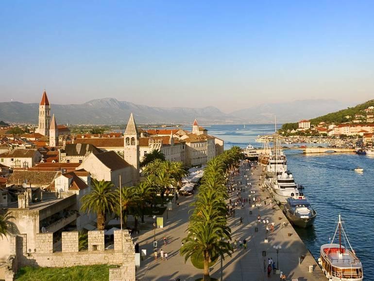 Sailing Croatia from Dusk Till Dawn