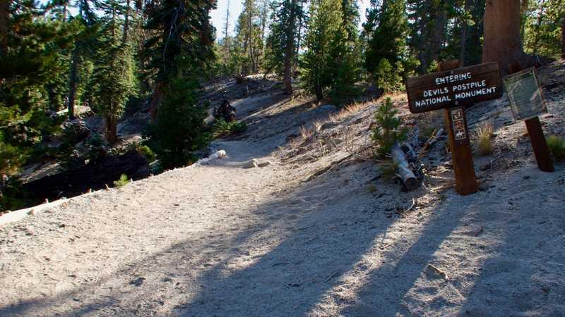 Entering Devils Postpile National Monument