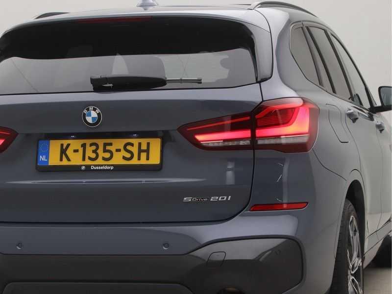 BMW X1 sDrive 20i High Executive M-Sport Automaat afbeelding 24