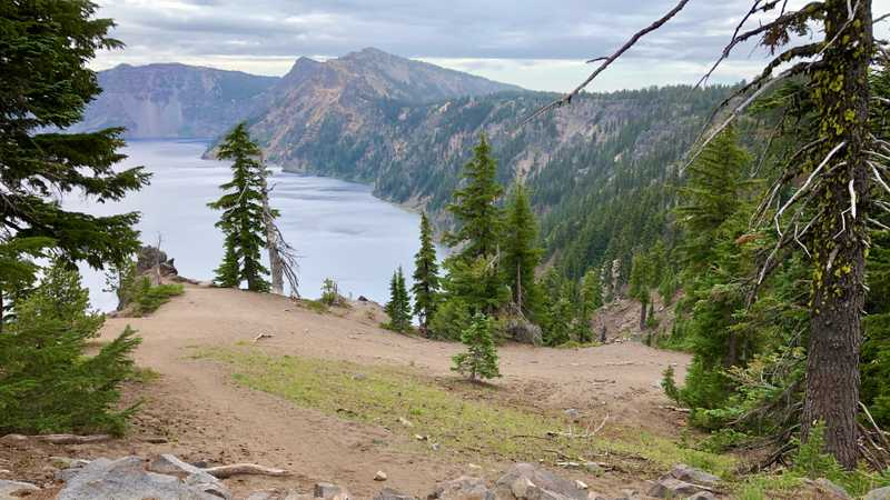 The trail turns to the south rim of Crater Lake