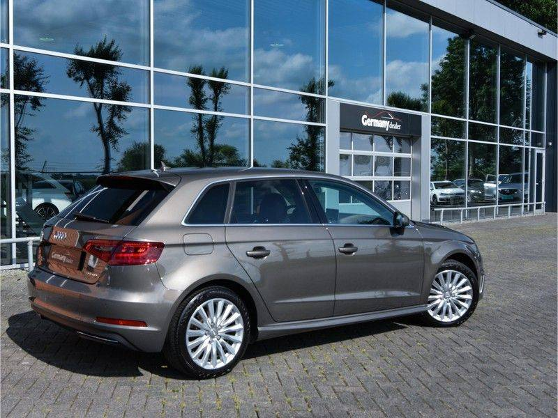 Audi A3 Sportback 1.4 e-tron PHEV Attraction Keyless 17-Inch LED 1e Eig! Clima Cruise Excl.BTW afbeelding 13
