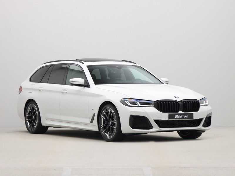 BMW 5 Serie Touring 530i Launch Edition M-Sport Automaat afbeelding 4