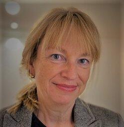 Dr. Eva-Maria Nettelnbreker