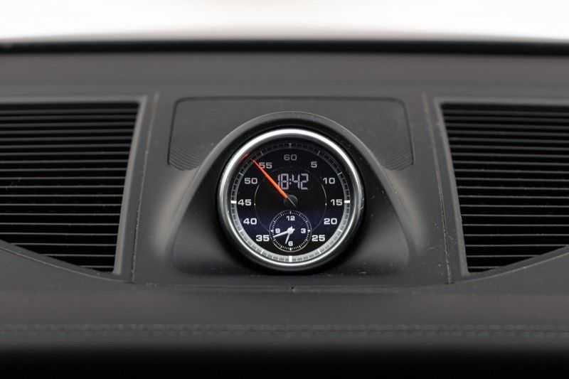 "Porsche Macan 3.0 S 354pk PDK Black Design Nieuw Model Luchtvering Panoramadak SportChrono ACC Sportleder+Memory Keyless Full-Led Navi/High Privatglass AppleCarplay 21""Turbo Pdc afbeelding 3"