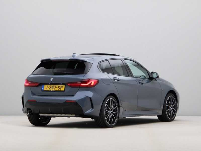 BMW 1 Serie 118i High Exe Edition Aut. M-Sport afbeelding 7