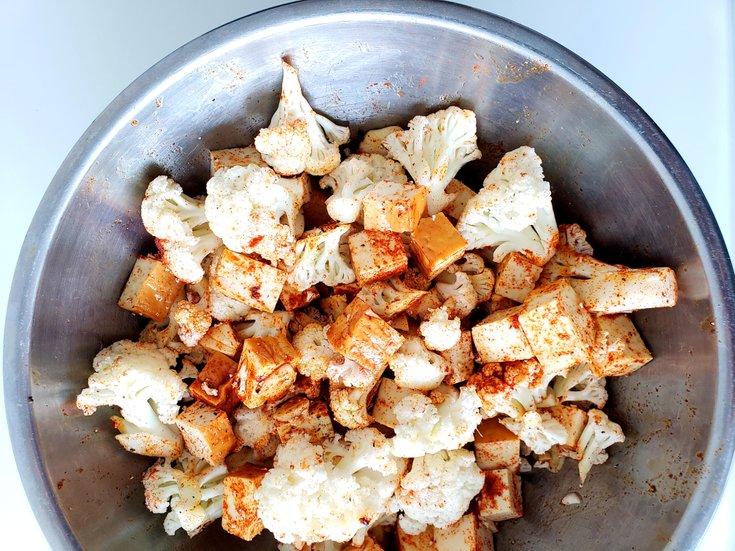 Cauliflower and tofu with smoked paprika