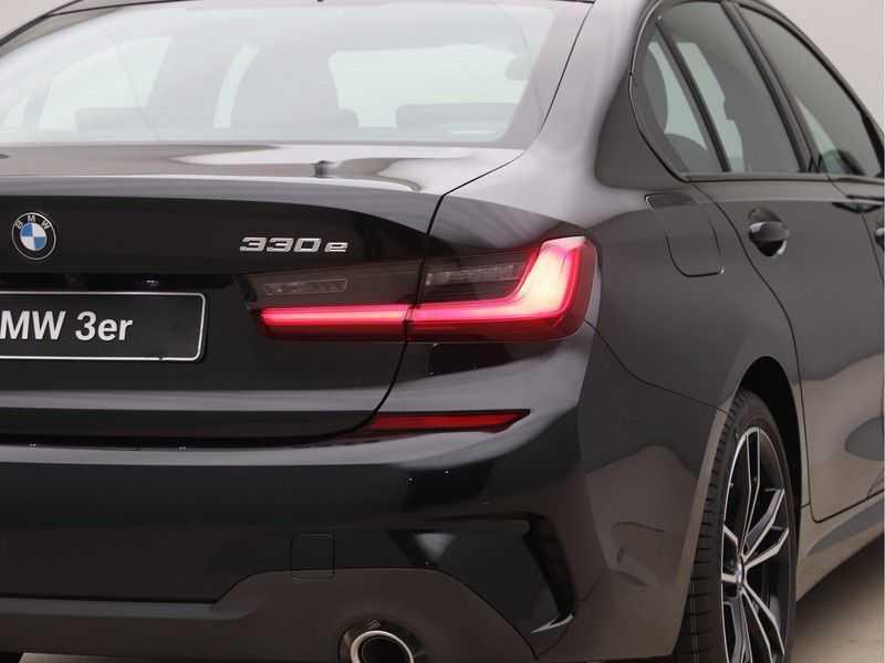 BMW 3 Serie 330e High Exe M-Sport Aut afbeelding 20