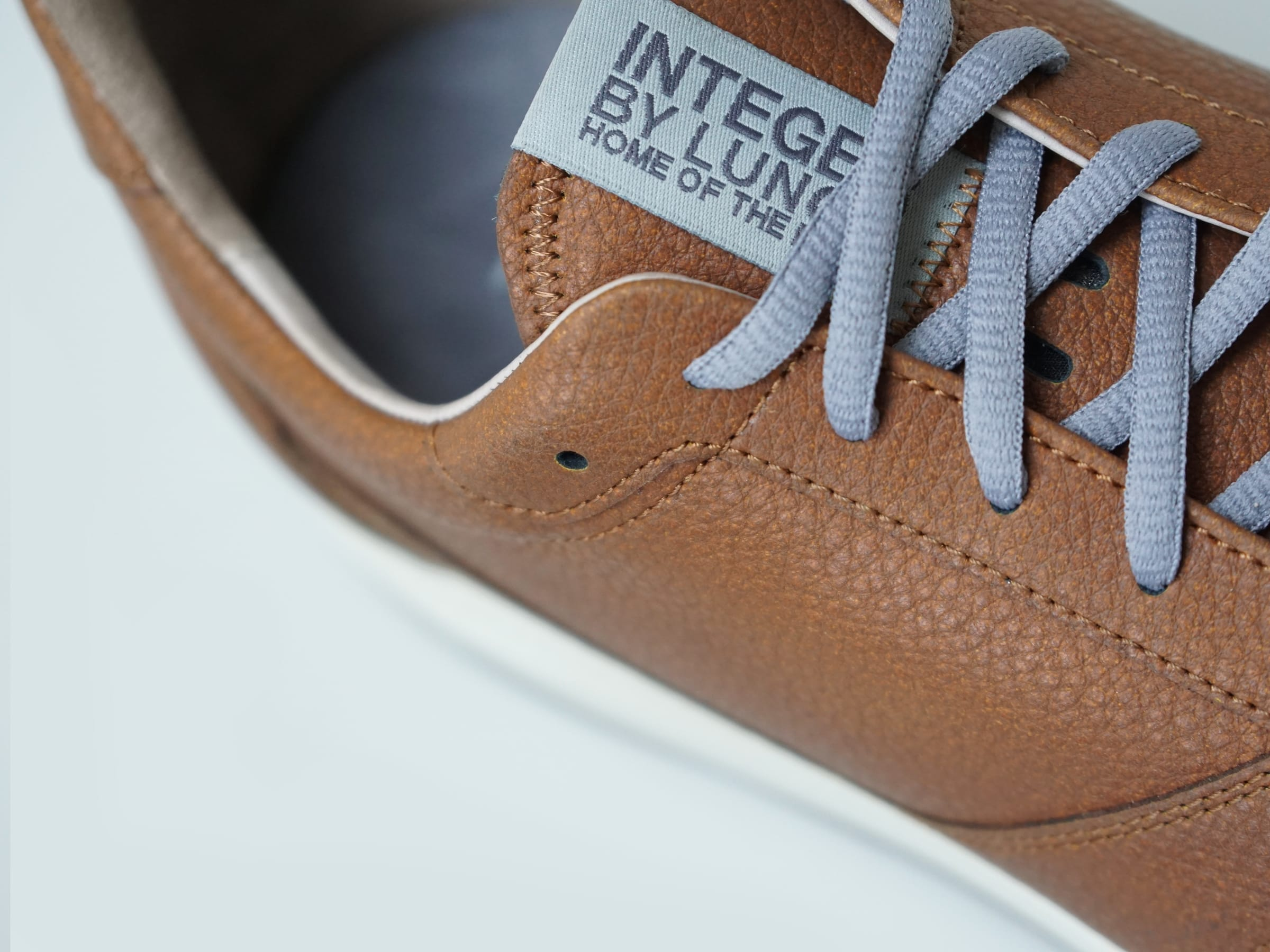 Integer Walk Rebound Leder (Saddle Brown/White)