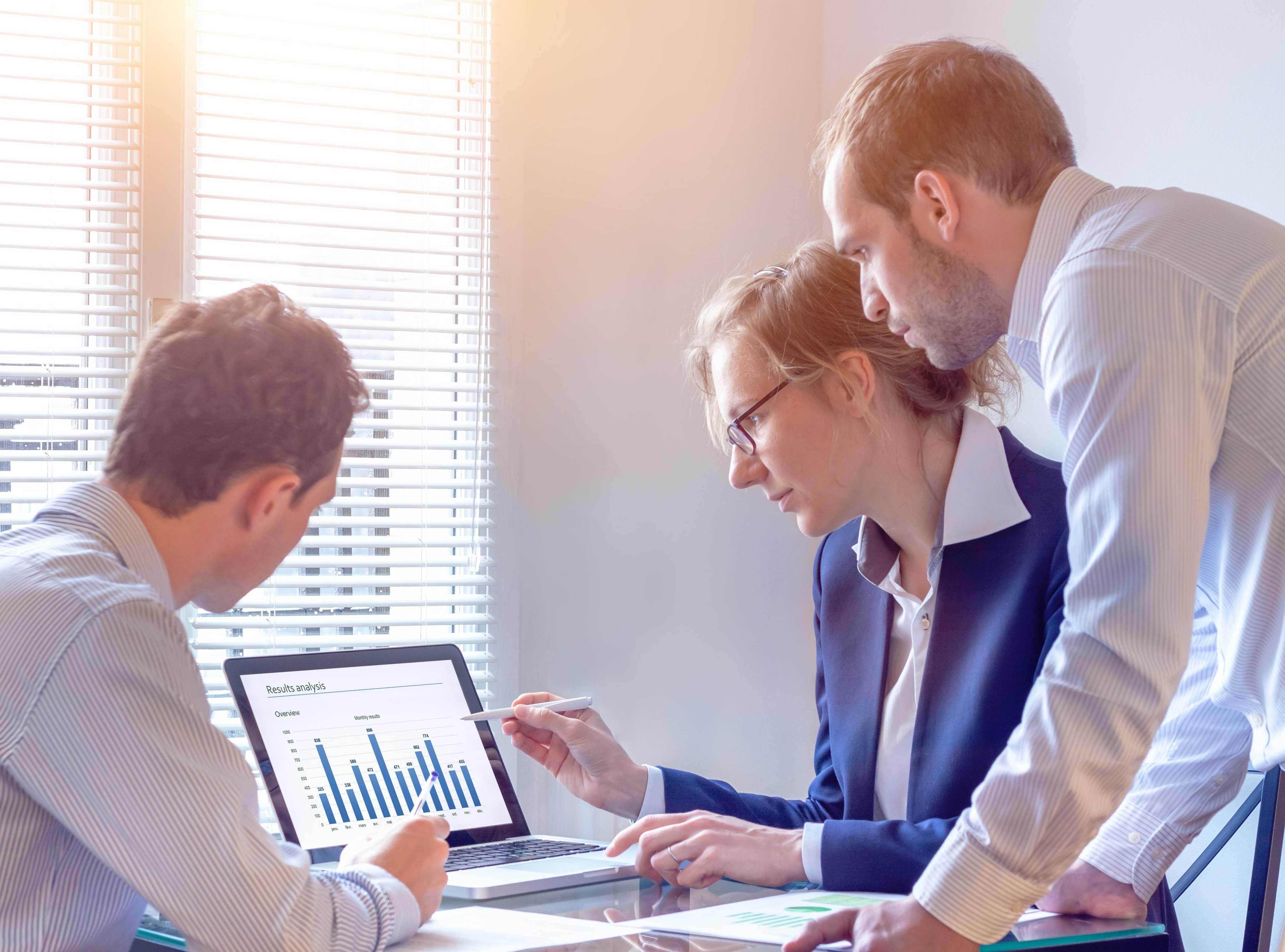 Accruent - Resources - Webinars - Accruent Analytics & Maintenance Connection: A Powerful Pair - Hero