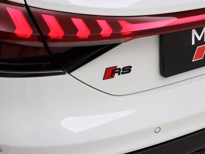 Audi e-tron GT RS   Stoelventilatie/Massage   Head-Up   Carbon   Matrix LED   360 Camera   Nachtzicht   afbeelding 13