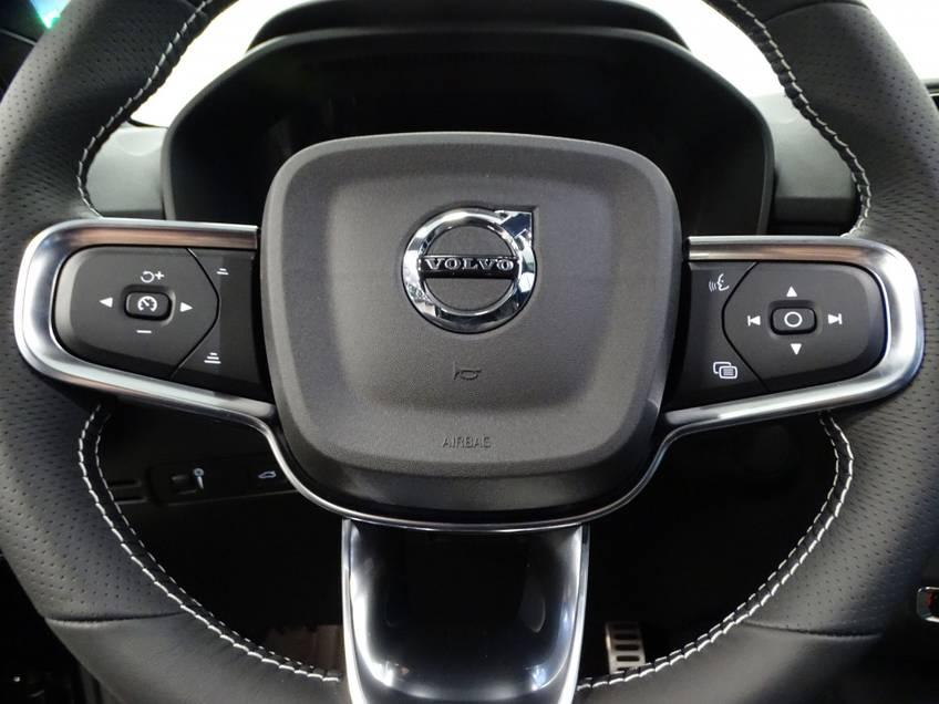 Volvo XC40 Recharge P8 AWD R-Design   prijs ex.btw 56900,-   8% bijtelling direct leverbaar! *tot 24 maanden garantie (*vraag naar de voorwaarden) afbeelding 11