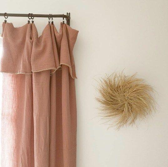 Haut de rideau rose