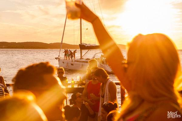 Sailing in Greece, Partying in Greece