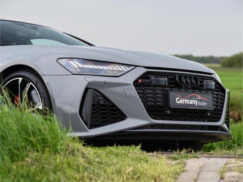 Audi RS7 Sportback 4.0TFSI 600pk Quattro Black Optic Laser-Led Softclose Head-Up Leder-dash RS-Zetels 22-Inch 360Camera afbeelding 12