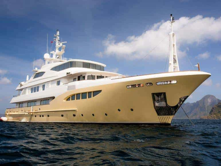 Super Yacht Adventure