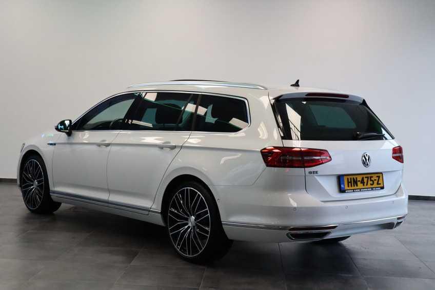 "Volkswagen Passat Variant 1.4 TSI GTE Highline Ex BTW! AD Cruise LED Leder 360 Camera HUD 20""LM afbeelding 6"