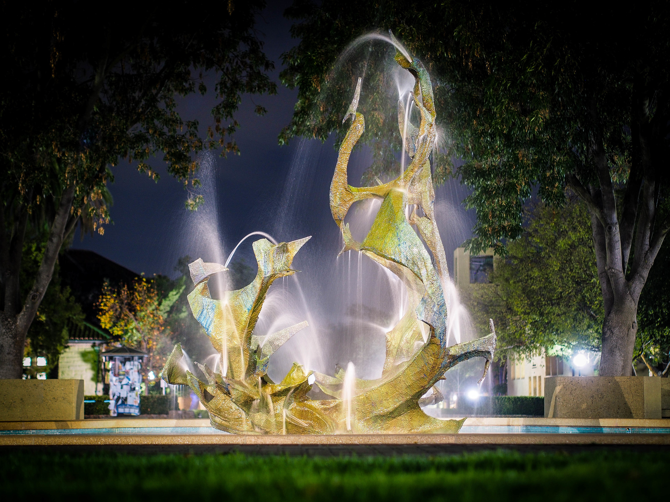 Stanford claw fountain at night