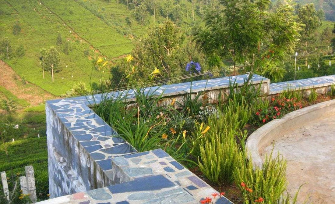 A corner garden at Hillsborough