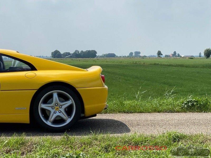 Ferrari F355 F1 GTB, 1 owner, 38.000 km afbeelding 10