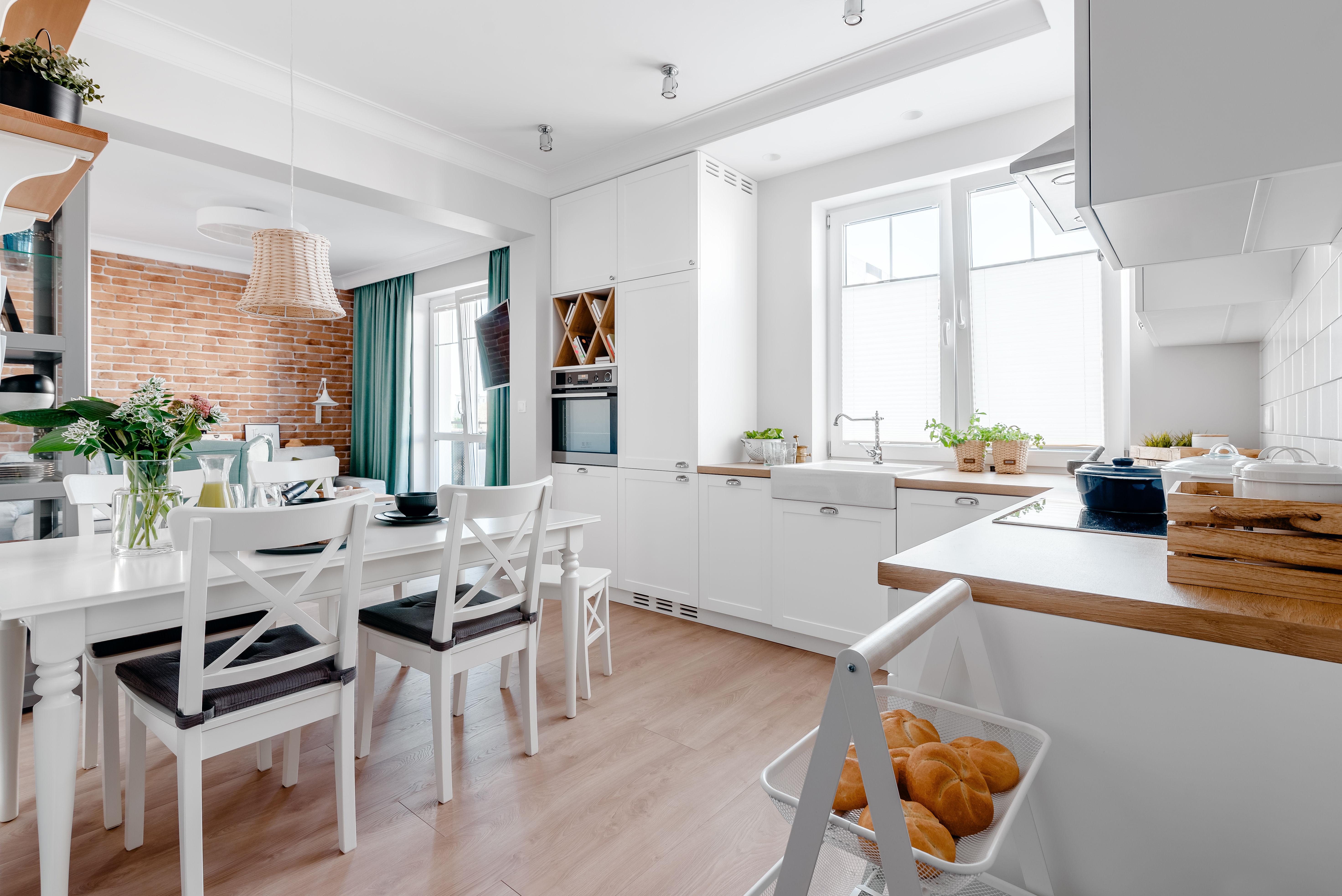 Kuchnia i jadalnia, mieszkanie w Morągu