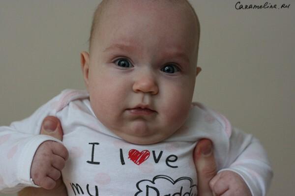 Младенец Диана - 5 месяцев, хо!