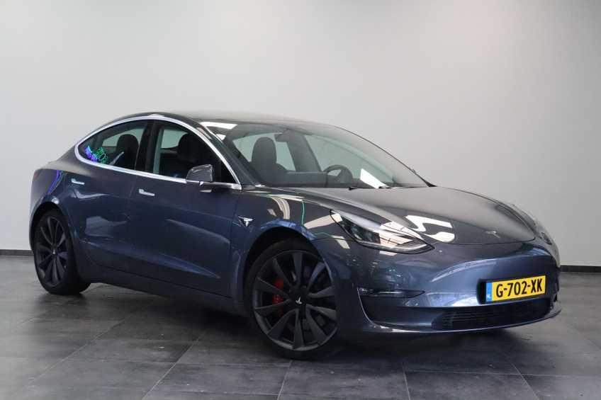 Tesla Model 3 Performance | prijs ex.btw 51450,- | 20`LM Donker grijs. afbeelding 1