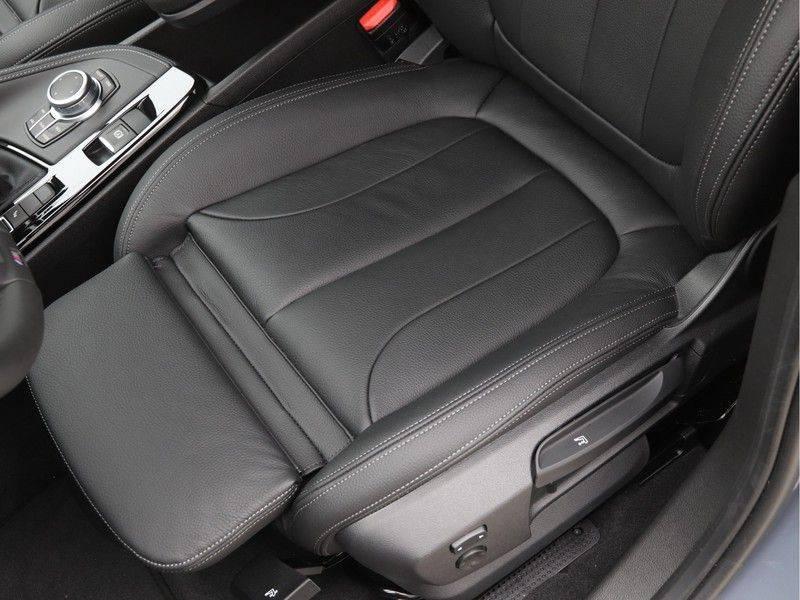BMW X2 sDrive20i High Exe M-Sport afbeelding 16