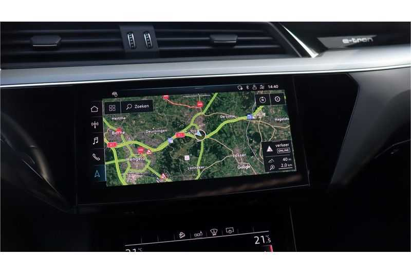 Audi e-tron 55 quattro Advanced Bang & Olufsen, Panoramadak, Head-Up Display, Soft-Close afbeelding 16