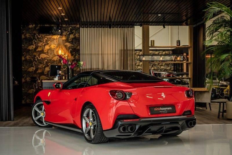 Ferrari Portofino 3.9 V8 HELE   TwoTone Exclusive   Carbon   Passengerdisplay   Memory   Sportstoelen afbeelding 4