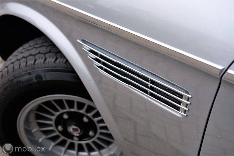 BMW 3.0 CSi coupé | Handgeschakeld | Gerestaureerd afbeelding 14