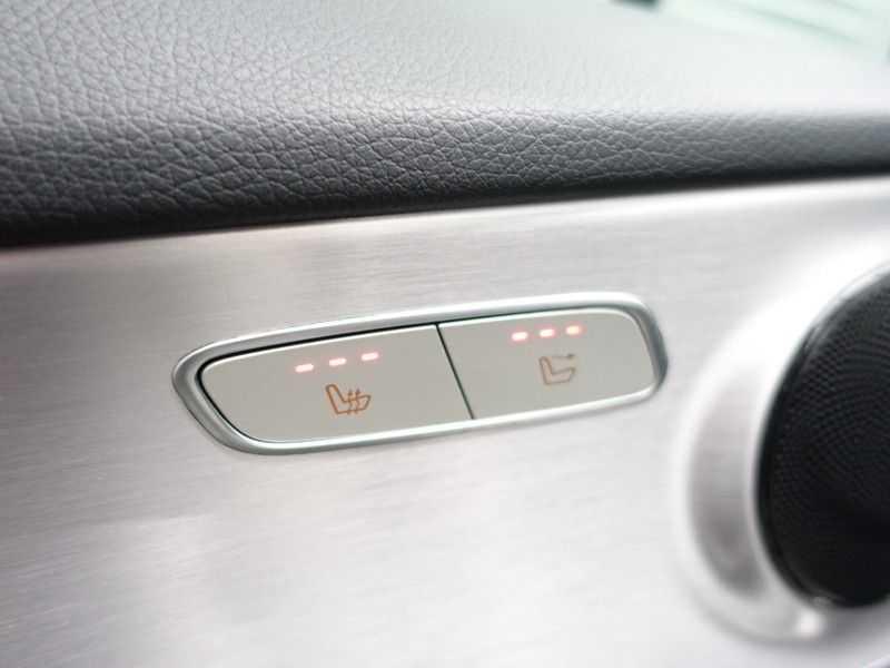 Mercedes-Benz C-Klasse Cabrio 180 Ultimate AMG Edition Aut- Leer, Navi, Led, LMV , 40dkm ! afbeelding 9