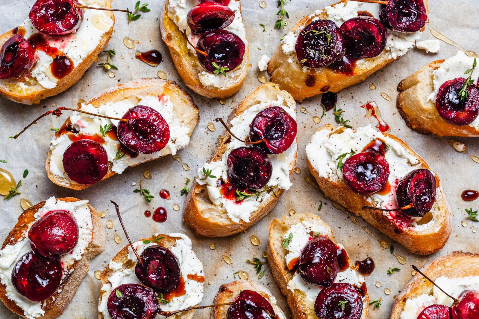 Balsamic Roasted Cherry and Goat Cheese Crostini