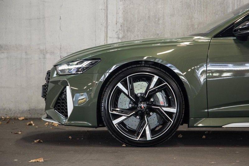 Audi RS6 Avant TFSI 600 pk quattro | 25 jaar RS Package | Dynamic Plus pakket | Keramische Remschijven | Audi Exclusive Lak | Carbon | Pano.dak | Assistentiepakket Tour & City | 360 Camera | 280 km/h afbeelding 8