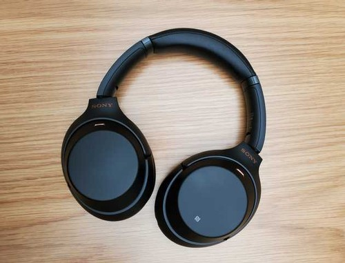 featured image for Sony WH-1000XM3 Review: The Best Noise Cancelling Headphones