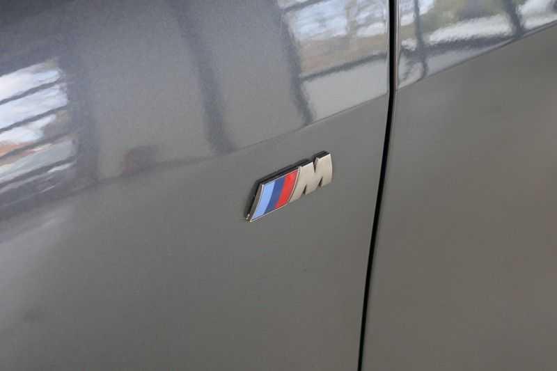 BMW 1 Serie M135i xDrive High Executive Virtual - Led - Panodak afbeelding 20