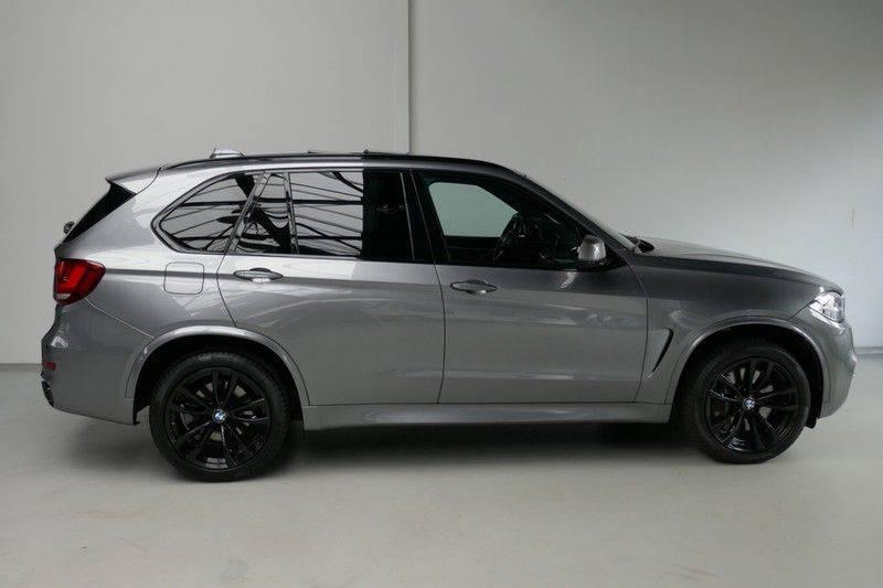 BMW X5 M50d B&O - Panoramadak afbeelding 4