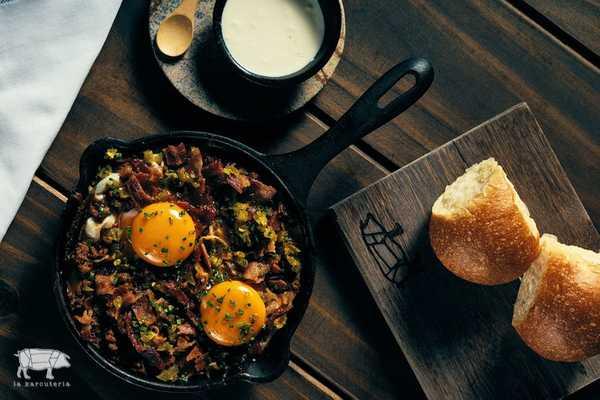 Imagen de Huevos con Chili y Queso Cheddar