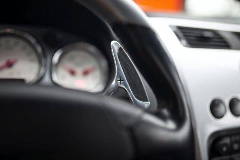 Aston Martin V12 Vanquish 5.9 *Absolute nieuwstaat!* afbeelding 10