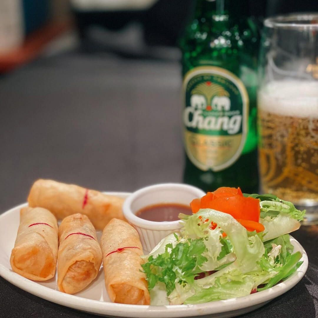 Thai Sabai spring rolls and beer