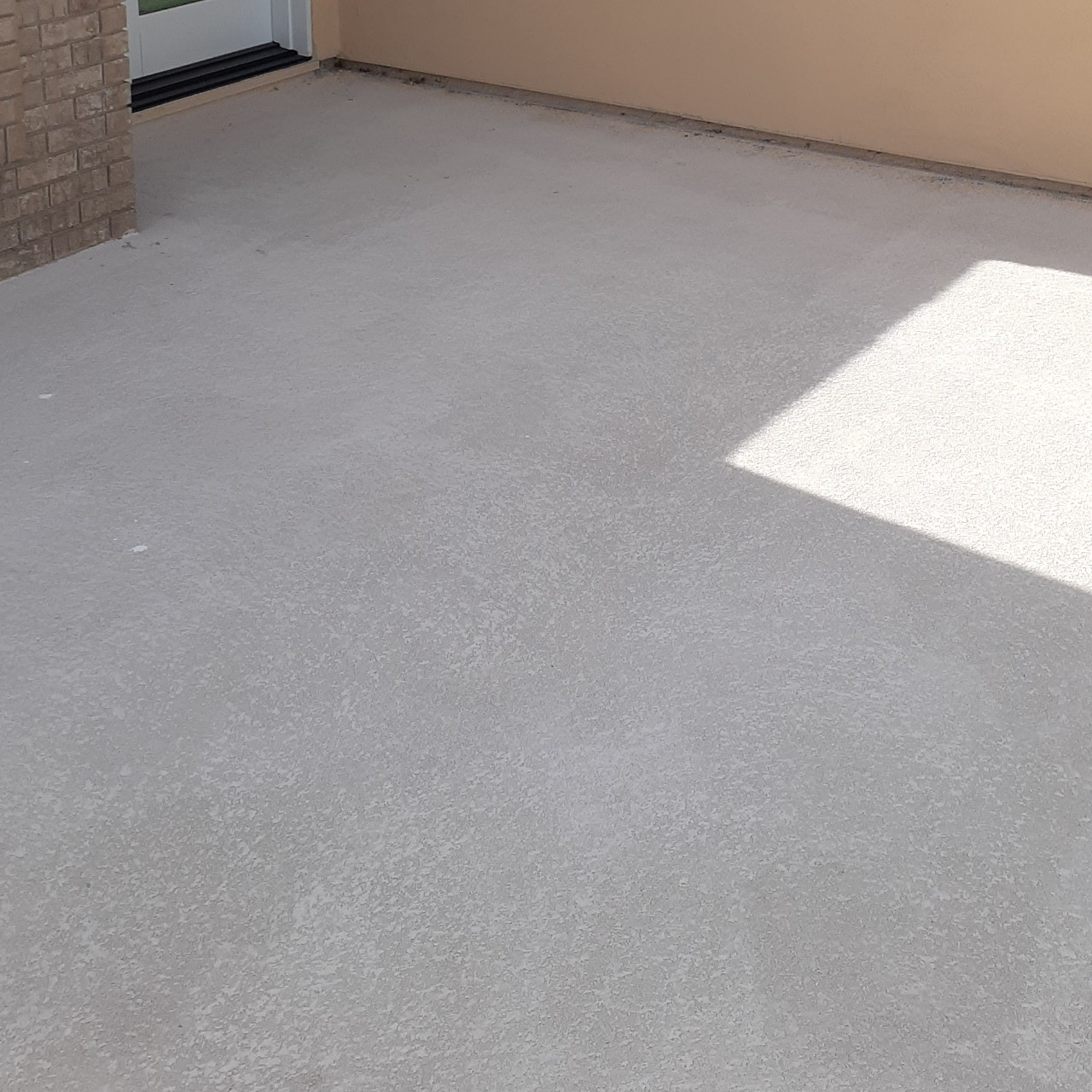 concrete-balcony-deck-restoration--before-03